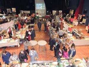 vue générale du salon des gourmets Draveil 2017