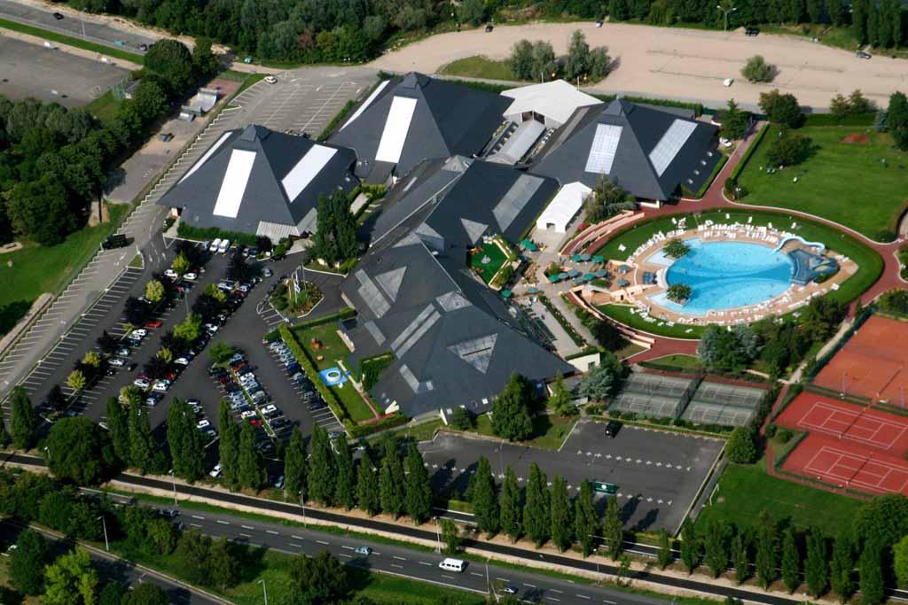 photo aérienne du centre des congrès de Port Marly